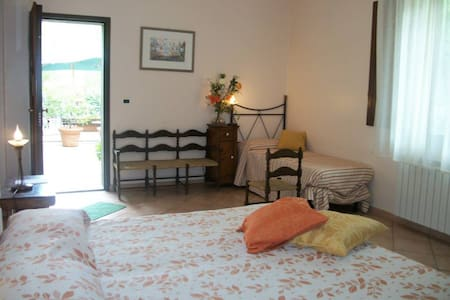 LP Triple room w breakfast & nature - San Piero Patti