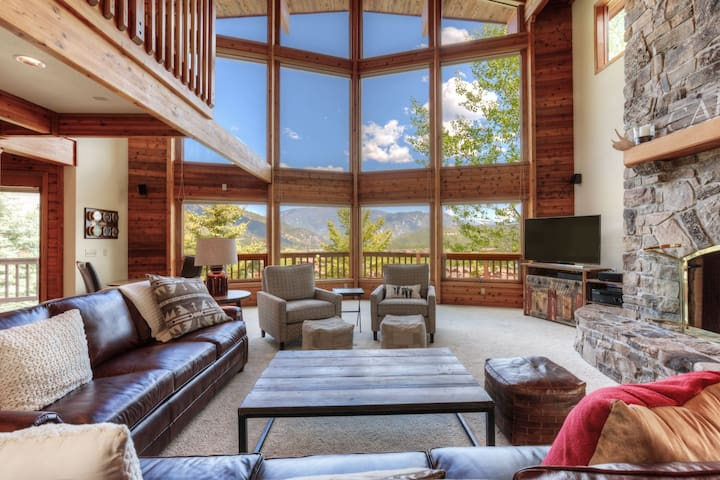 Stunning Views and Room to Play - Big Sky - Huis