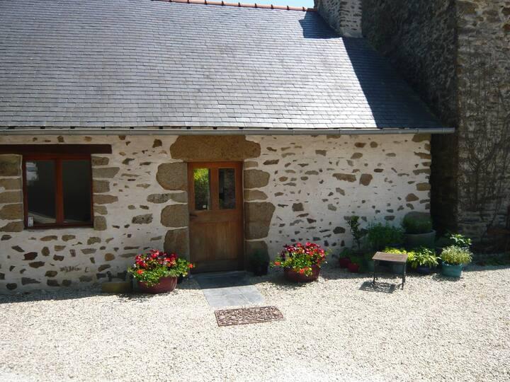La Petite Guimondiere - Proche Alpes Mancelles