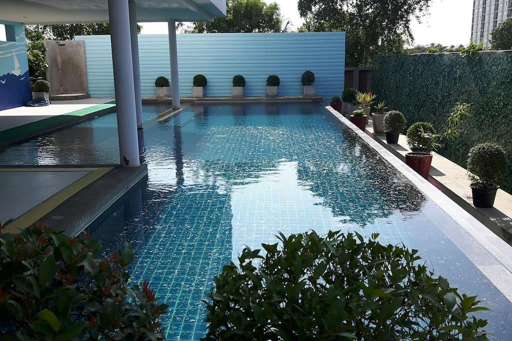 SWIMMING POOL FOR FREE SERVICE