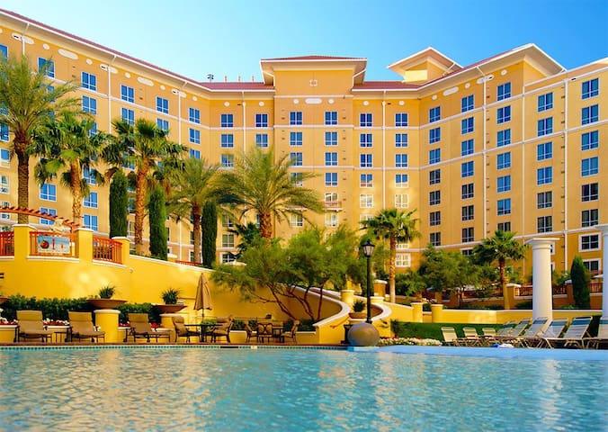 Two 2BR Presidential Suites @ Strip - Las Vegas - Huoneisto