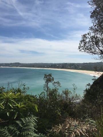 Lucky #Eight - Mollymook Beach - Hus
