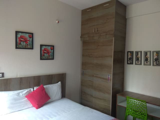 budget stay  in malleswaram