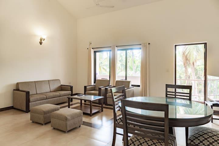 ParkWalfredoGoa.Beach side 2 bedroom apartment.