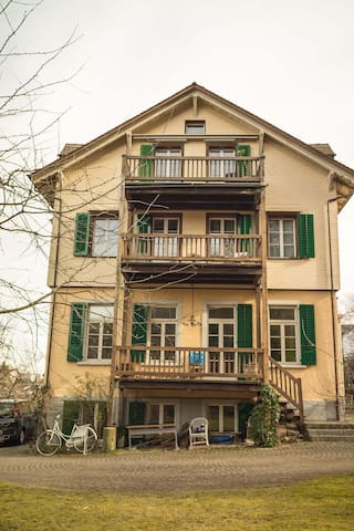 Beautiful flat close to Zürich