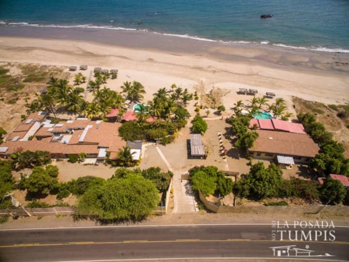 Casa paradisíaca con 5 Km. de playa