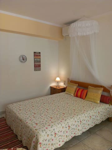 Patra - Cute studio near center - Patras - Apartamento