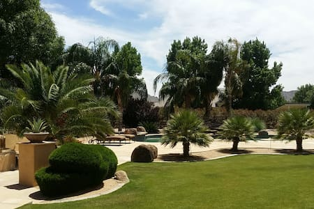 Guest house for 2 in a resort setting! - Queen Creek