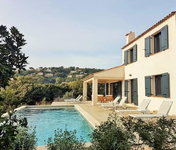 Ravissante villa renovee  belle vue mer