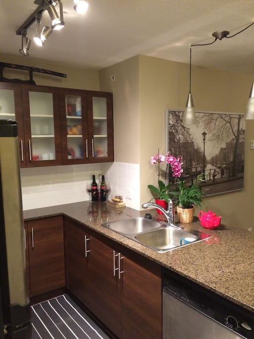 Kitchen Space (shared space)