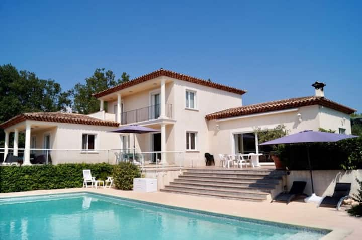 Beautiful Villa walking distance to Valbonne