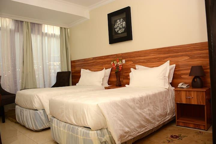 Twin Room (La Posh Hotel)