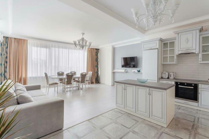 20Floor Arkadiya - Odesa - Apartment