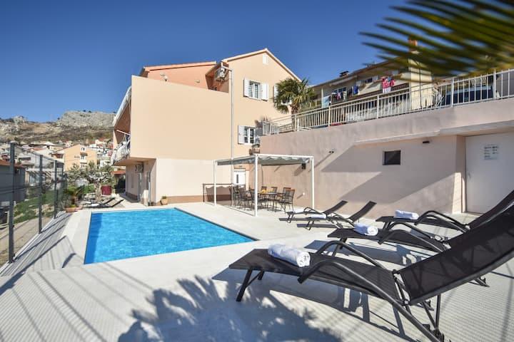 Villa Kristijan Petar with pool and amazing view