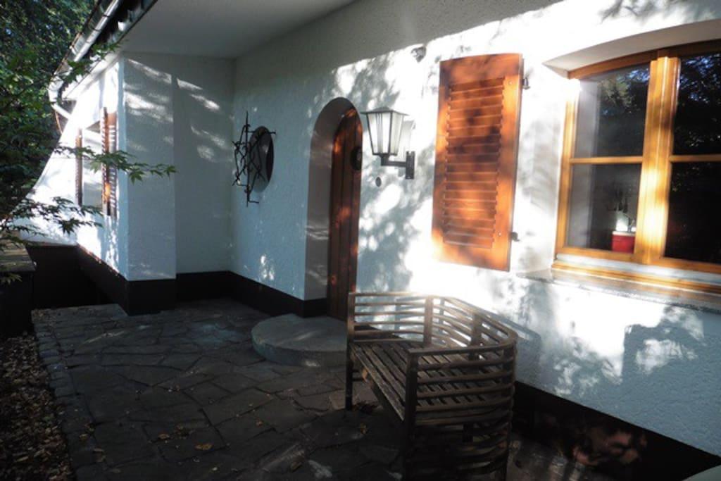 gem tlicher bungalow in bester lage bungalows for rent in solingen nordrhein westfalen germany. Black Bedroom Furniture Sets. Home Design Ideas