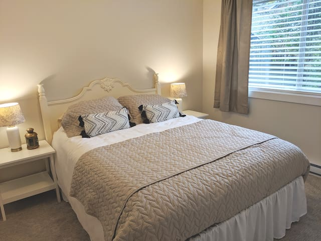 Relax & Unwind: Coach House, 1 Bedroom