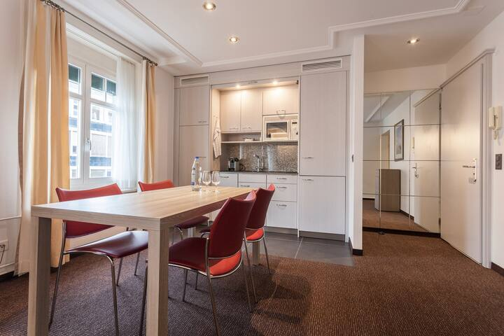 1 Bedroom Serviced Apartment, Unterstrass