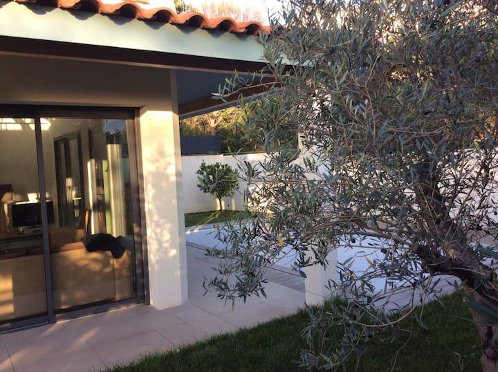 200m mer Villa design avec piscine