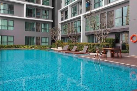 Fitness,pool BTS Sathorn ** 6 Months Minimum