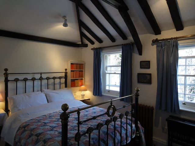 The Coach House by Ely Cathedral   - Ely - Other