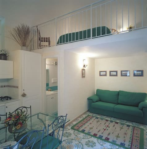 SORRENTO COAST HOLIDAY LOW COST - Meta - Daire