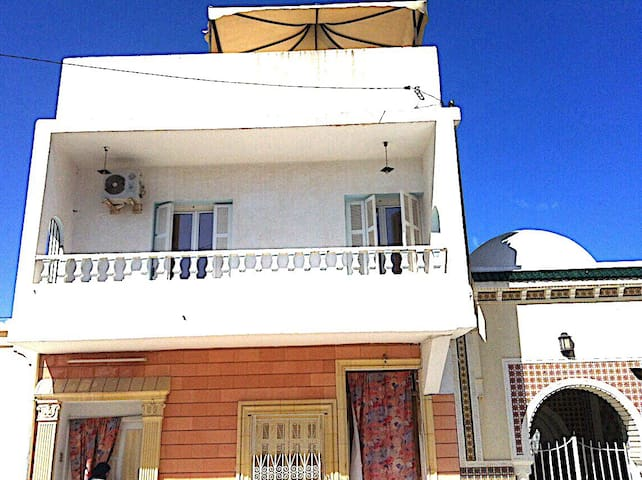 Duplex between Monastir and Sousse - Moôtmar - Huis