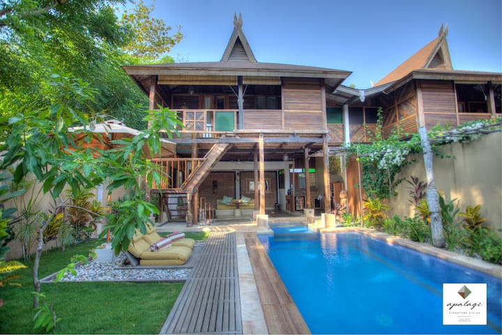 Unique deluxe POOL VILLA 1BR ON GILI AIR