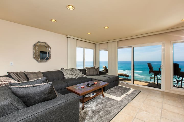 "Make this your ""HAPPY"" Place!  2BR Oceanfront"