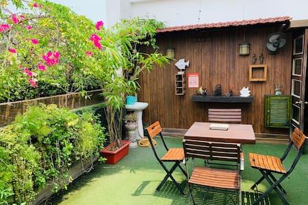 Prana - two bedroom apartment with balcony