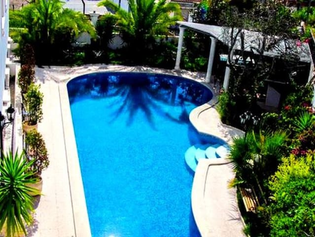 DeLuxe Residence with Pool  in Luxury Villa 5* - Maceira - Apartment