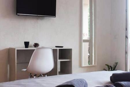 Apartment 17