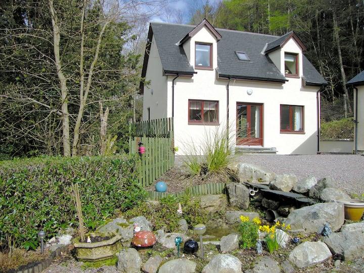 Pine Marten Cottage (29637)
