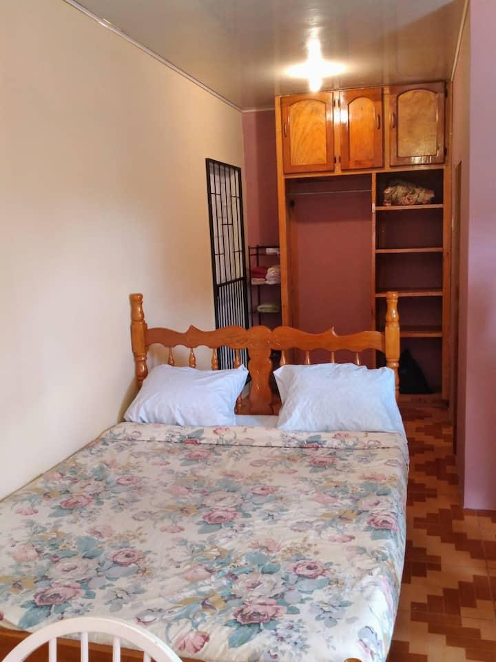 Comfortable Guest suite w/ AC + Private Bathroom