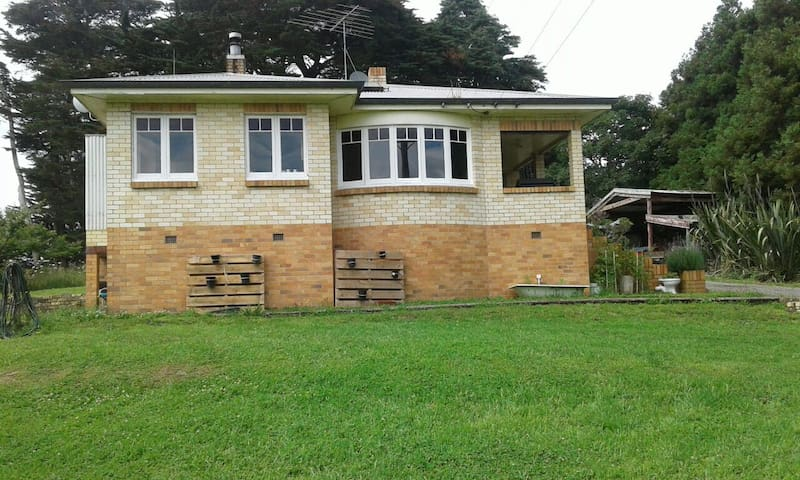 Farm stay near Huntly, Waikato