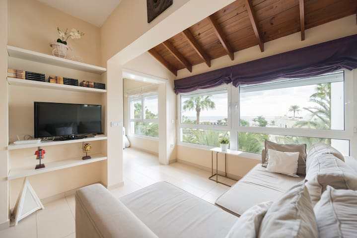 Apartament desing, in front of sea - Las Palmas