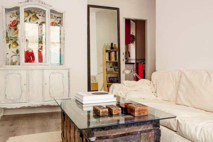 LA LATINA.Private room. El Rastro,Bares&Tapas. A/C