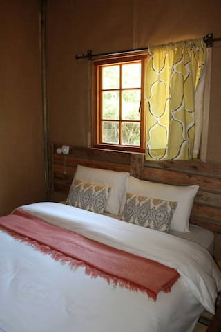 Nxabii Cottages - Cottage 2 in Kasane/Kazungula