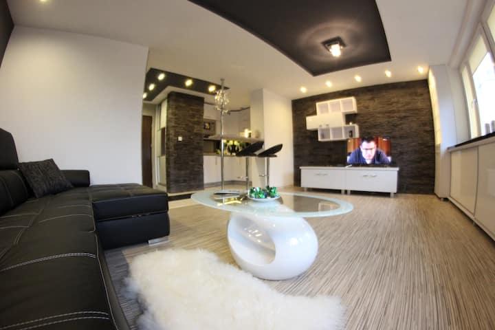 Apartamenty Black & White ****