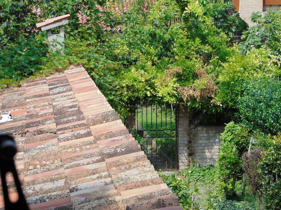 giardino esclusivo ed entrata indipendente