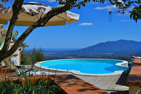 Mas Guardiole holiday apartment and private pool - Montbolo