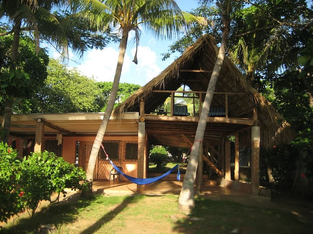 Beautiful Beachfront Home  - Pochomil - House