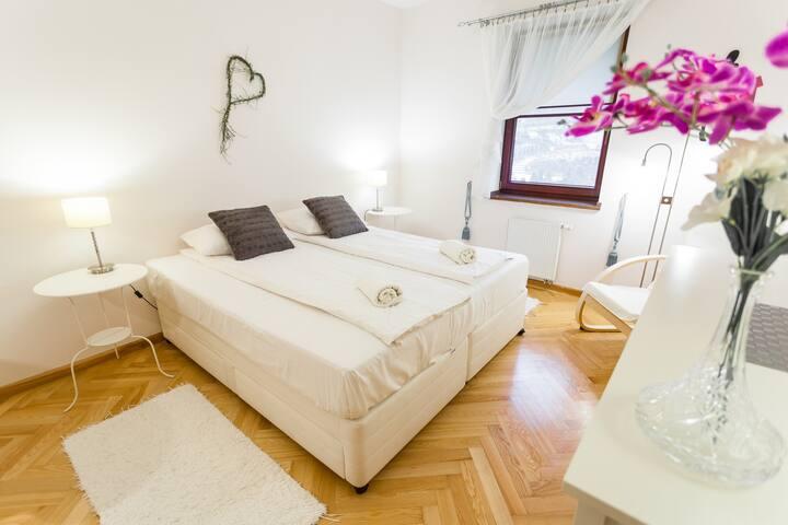 Apartament Romantyczny, MyWeek