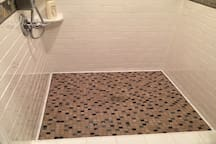 New shower floor installed by yours truly :)