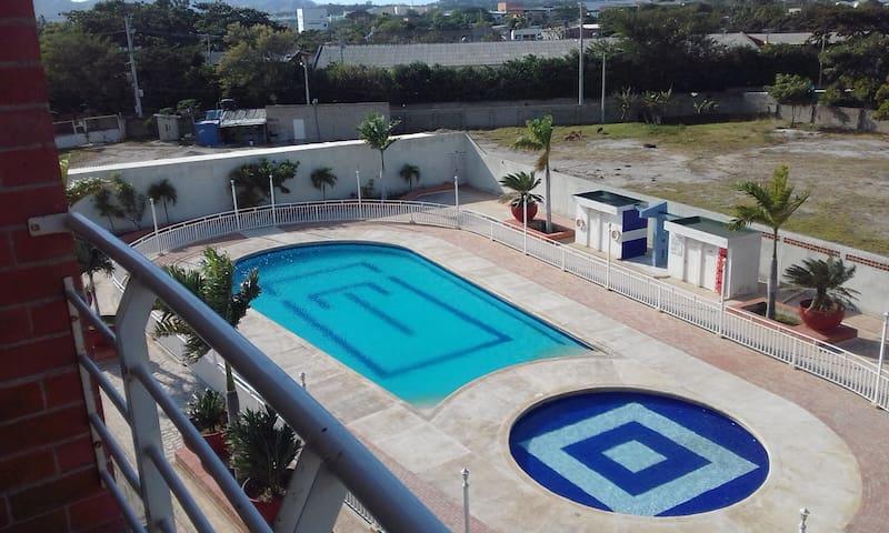 Apartamento con piscina Espacio 56