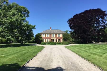 Royden, a country estate with beach rights