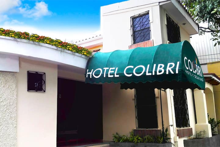 Colibri Hotel y Desayuno Single Room