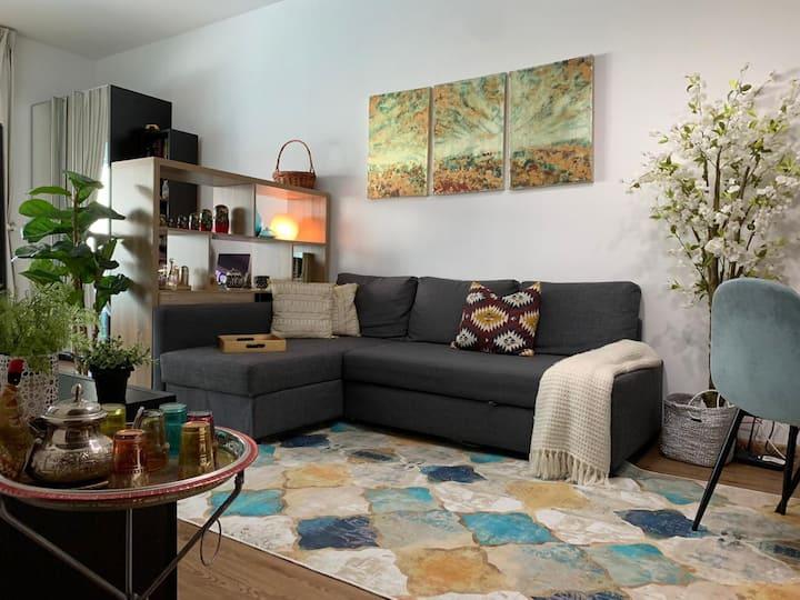 Cozy studio in Dubai Marina close to metro station