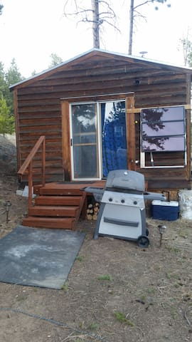 Propane Grill and Cooler with Solar Lighting!