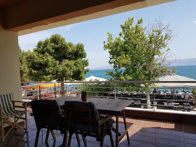 Luxurious Amarynthos Apt. Ι with Sea View, Euboea