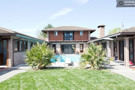 4BR Sonoma country home-bocce &pool - Sonoma - House